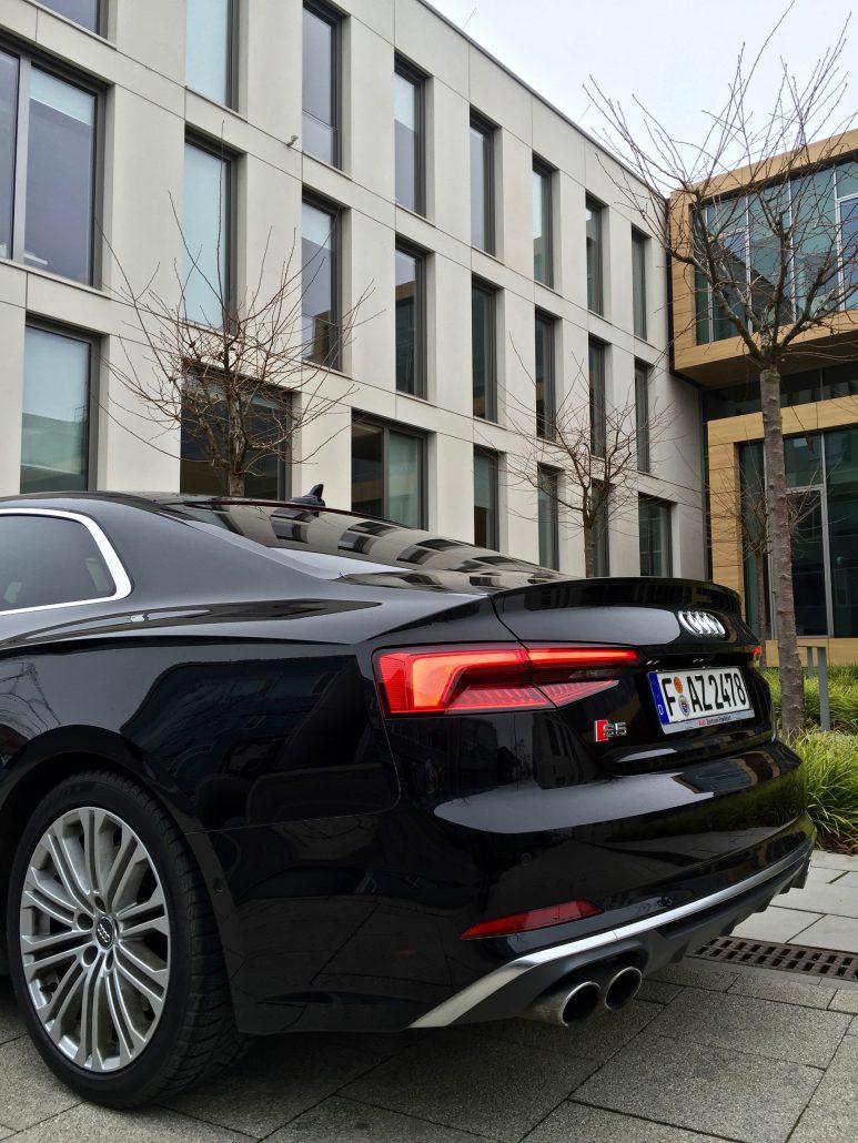 Das neue Audi S5 Coupé im Härtetest - Just Car